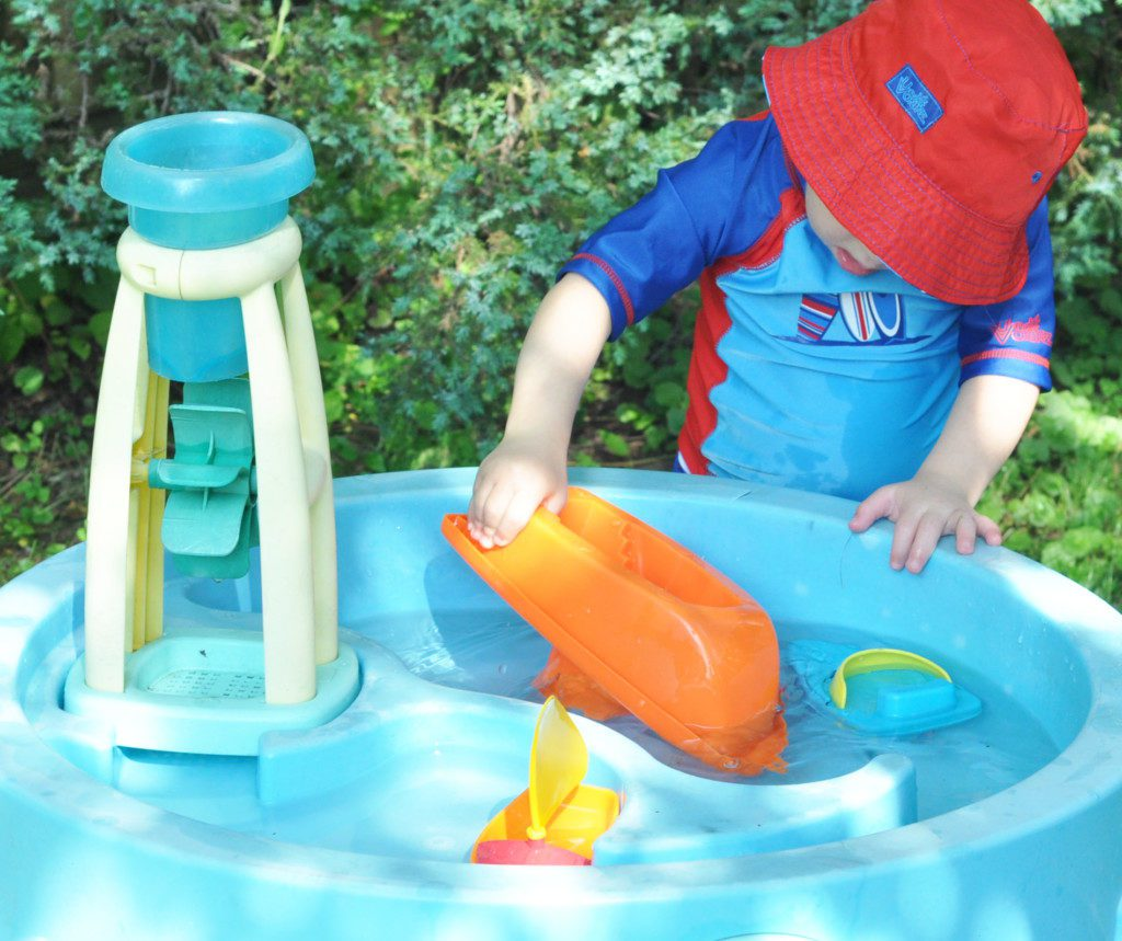 water table play activities for kids. Black Bedroom Furniture Sets. Home Design Ideas