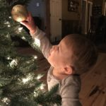 A Minimalist Christmas to Remember: Making Memories, Not Clutter