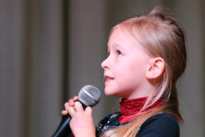 microphone-1804148_960_720